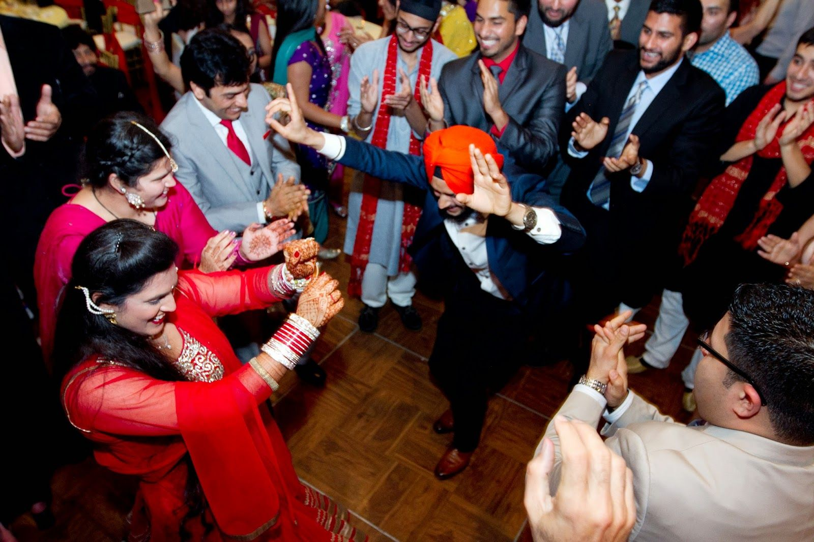 5 Crazy Indian Wedding Dance Check Videos F4feeds