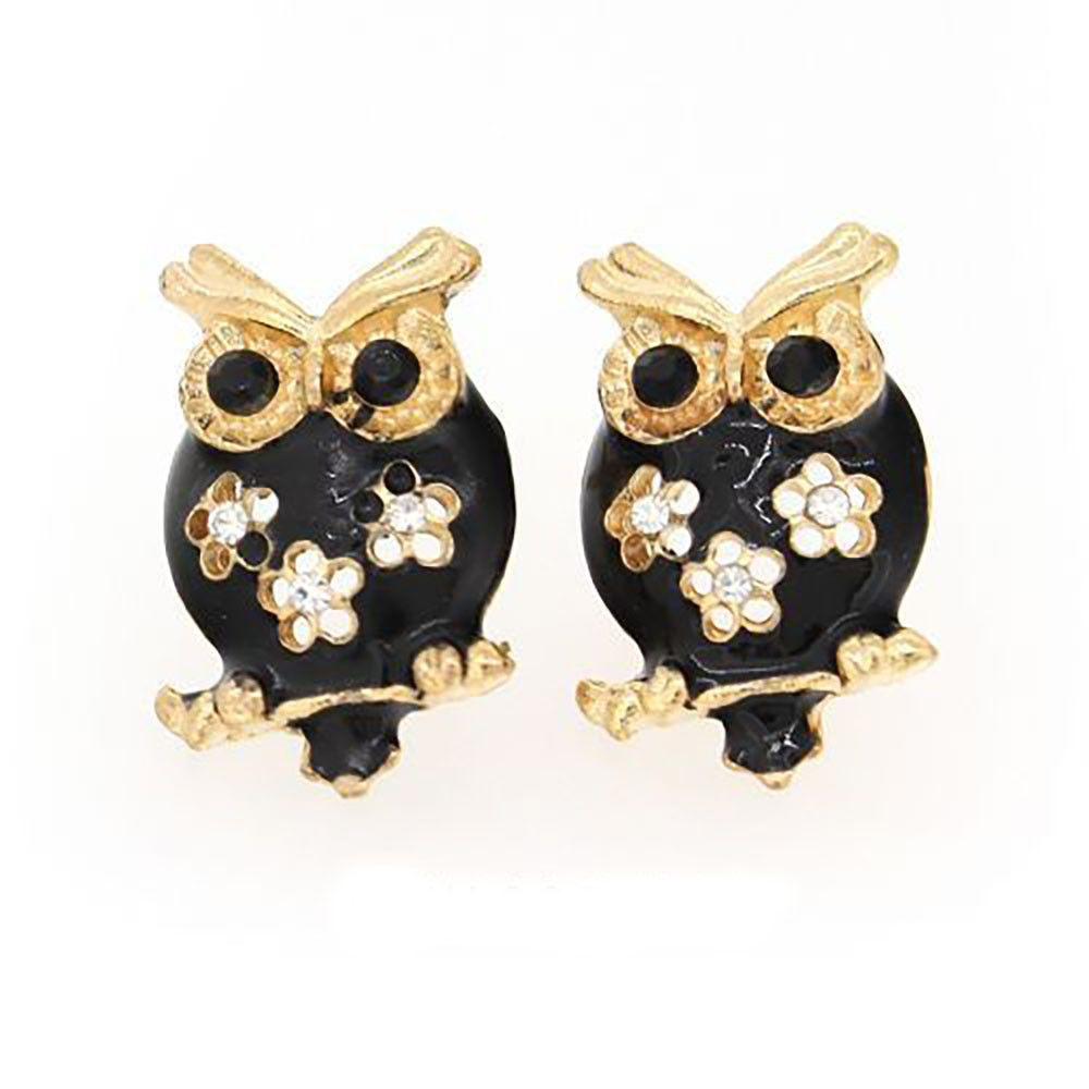 earrings caratlane buy product trendy stud