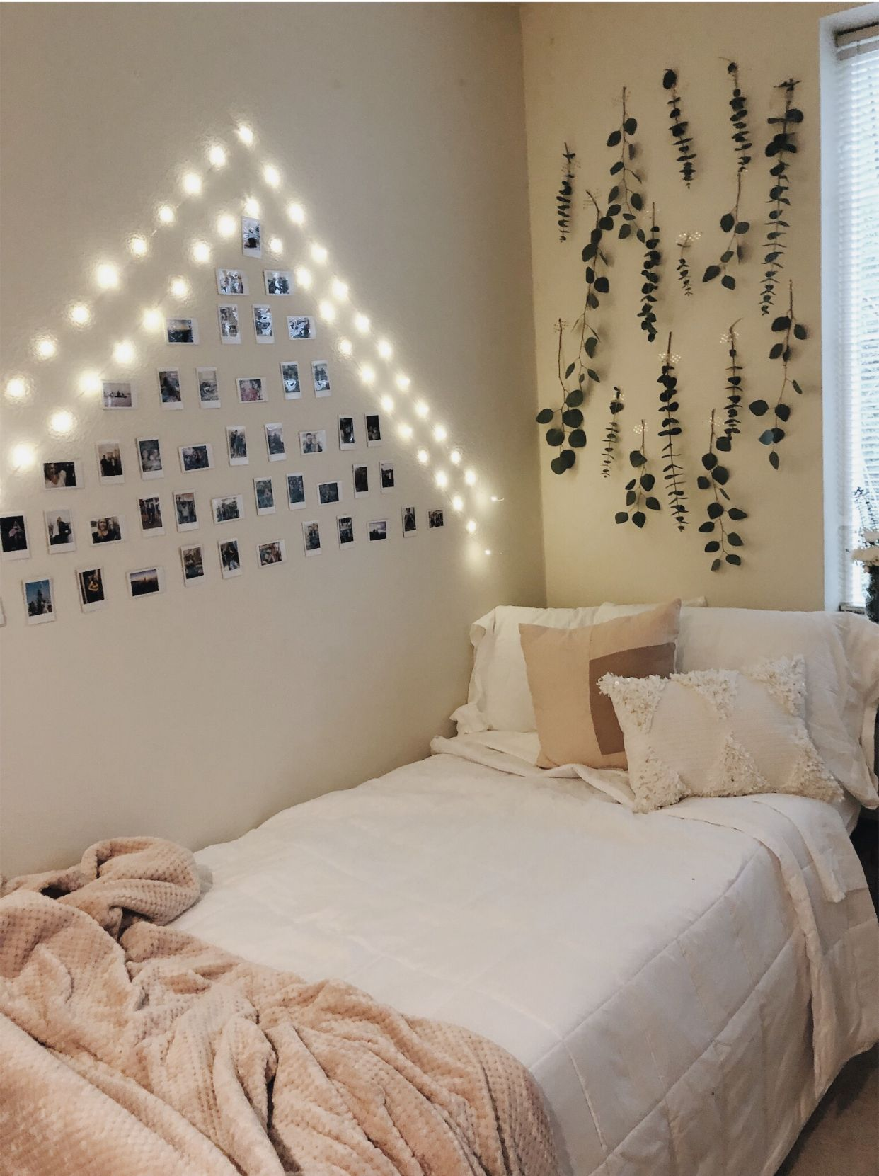 Aesthetic Dorm Room: Aesthetic Room Decor, Dorm Room Designs, Room Decor