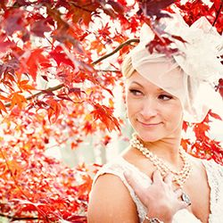 A lovely and laid-back fall wedding in Pennsylvania captured by A Guy + A Girl Photography.