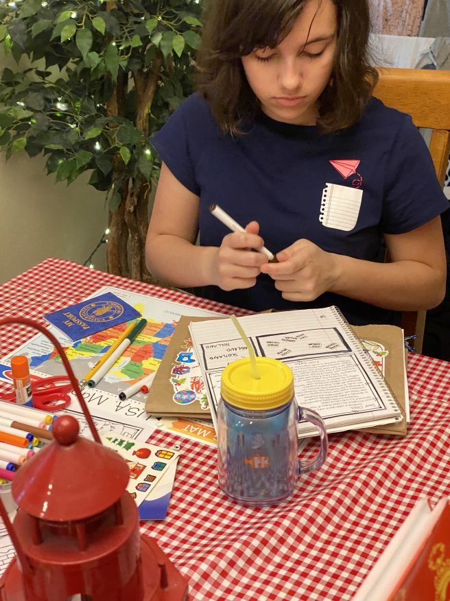Sonlight Core C (Week 15) Christmas express, Coloring