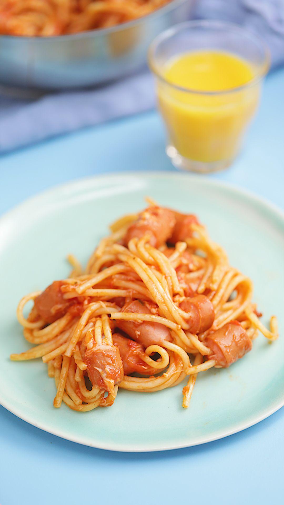 Salchispaguetti