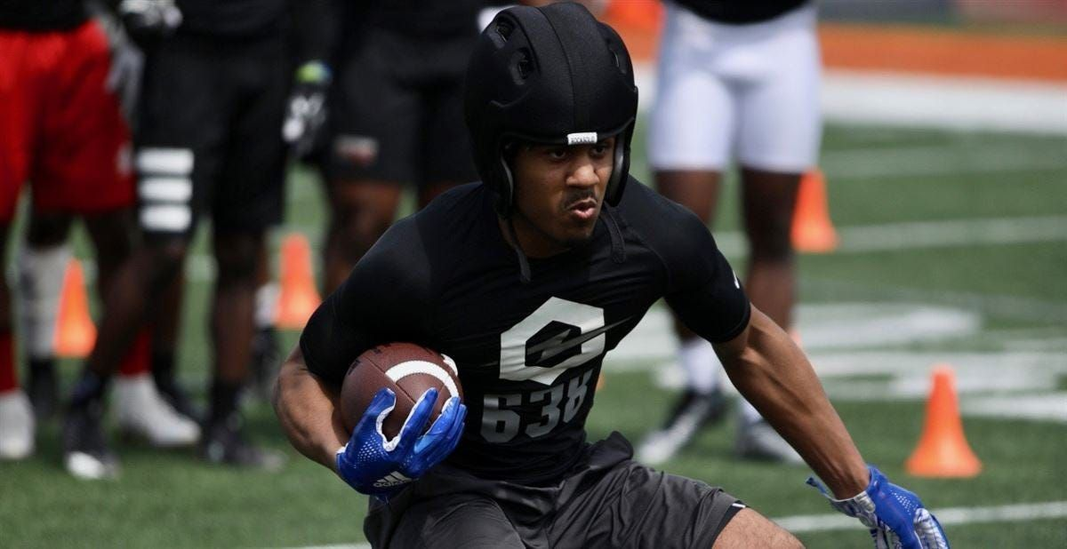 Michigan State Football 2020 Recruit Jordon Simmons Aims To Be Offense S Missing Piece In 2020 Michigan State Football Football Recruiting Michigan Sports