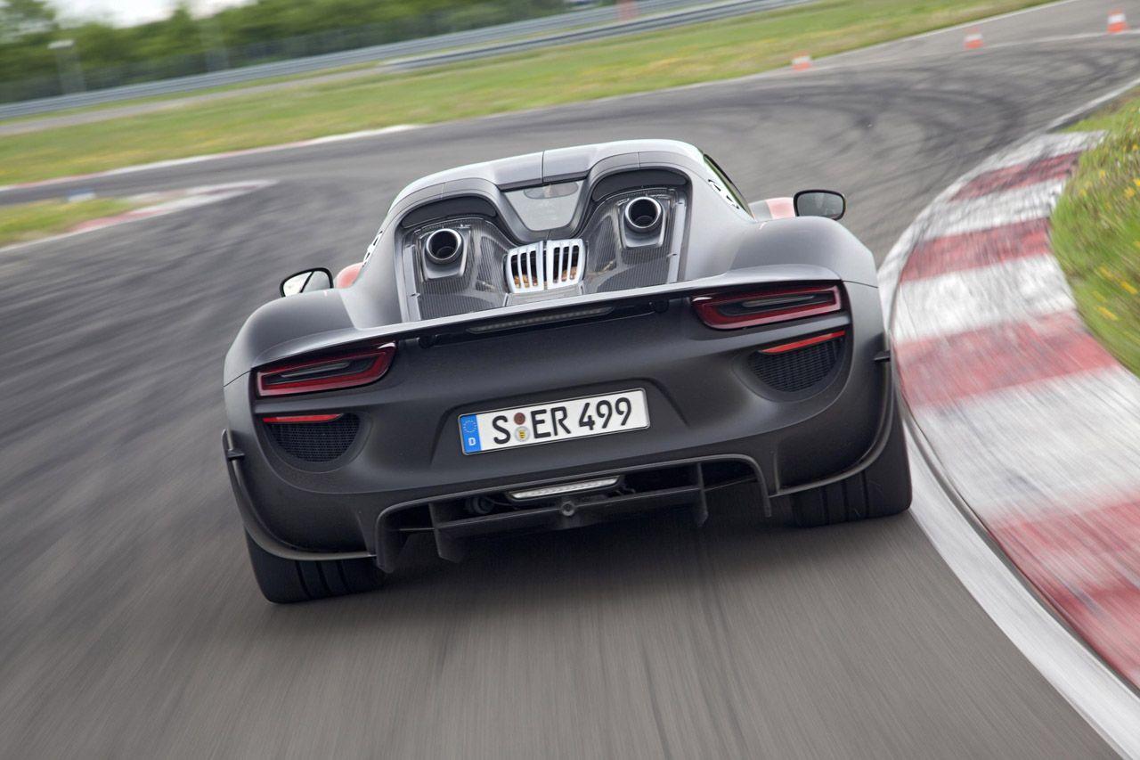 2015 Porsche 918 Spyder plug-in hybrid production version supercar on porsche macan production, porsche 918 engine, porsche rs spyder engine,
