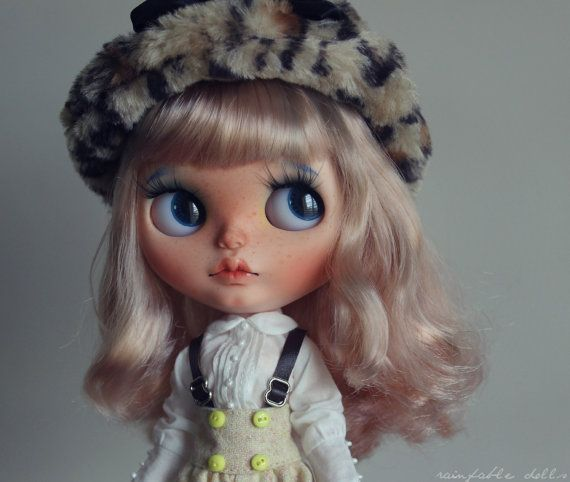 Daphne - OOAK Custom Art Blythe Doll by Rainfable Dolls (2016)
