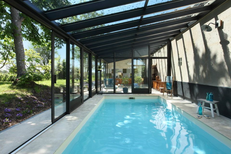 V randa piscine int rieure piscine pinterest veranda for Amenagement jardin interieur