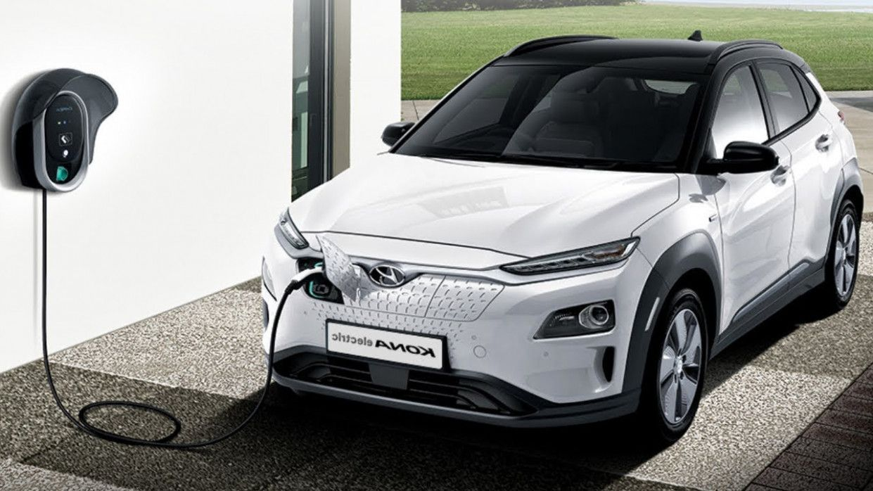 15 Things That Happen When You Are In Hyundai Kona Electric 2020 Hyundai Concept Cars Automotive Detailing