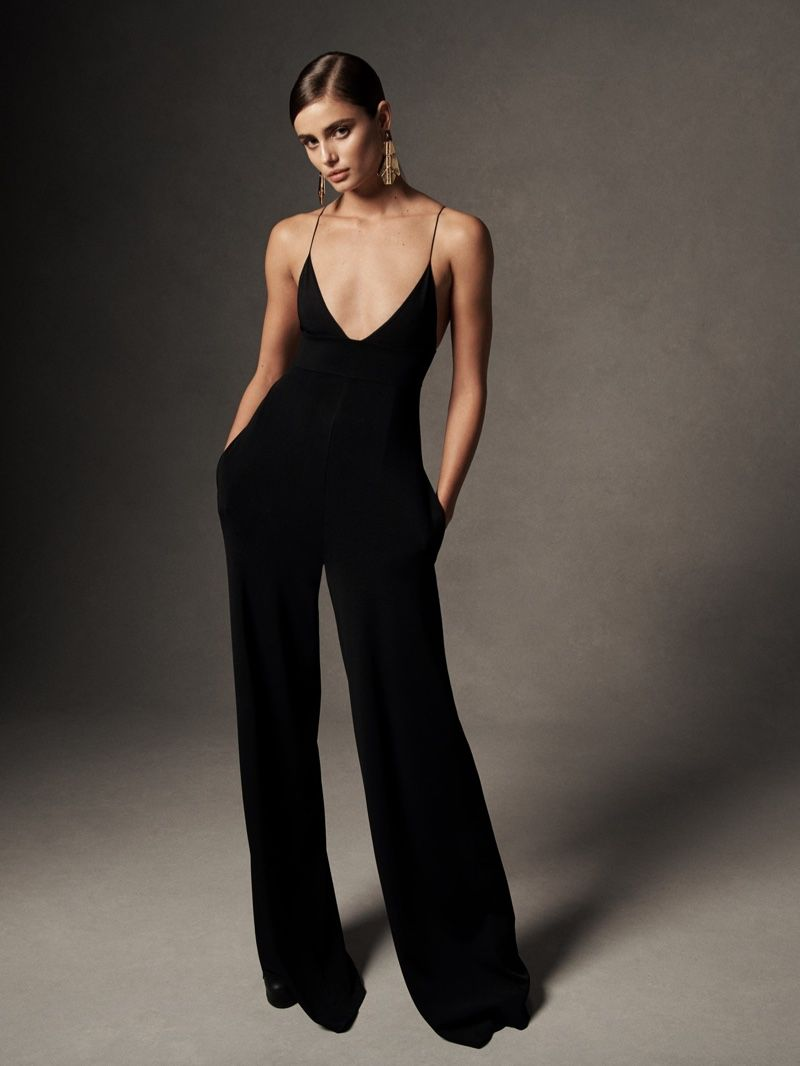 c0a9da91f29 Taylor Hill models knit jumpsuit from Ralph Lauren spring-summer 2019  collection