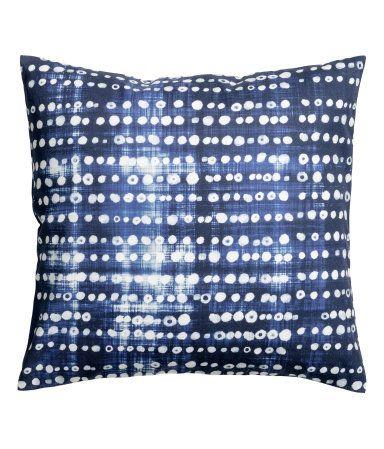 Indigo Pillow Cover H M Home Indigo Pillows Bedroom Indigo Pillow Covers Indigo Pillows