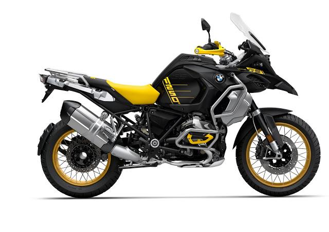 2021 Bmw R 1250 Gs And R 1250 Gs Adventure Bmw Bmw Motorrad Bmw Motorcycles