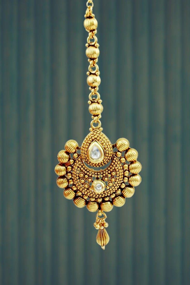 CHAAND SHAPED GOLDEN  POLISHED KUNDAN MAANG TIKA #MaangTika #Indian #Jewellery…