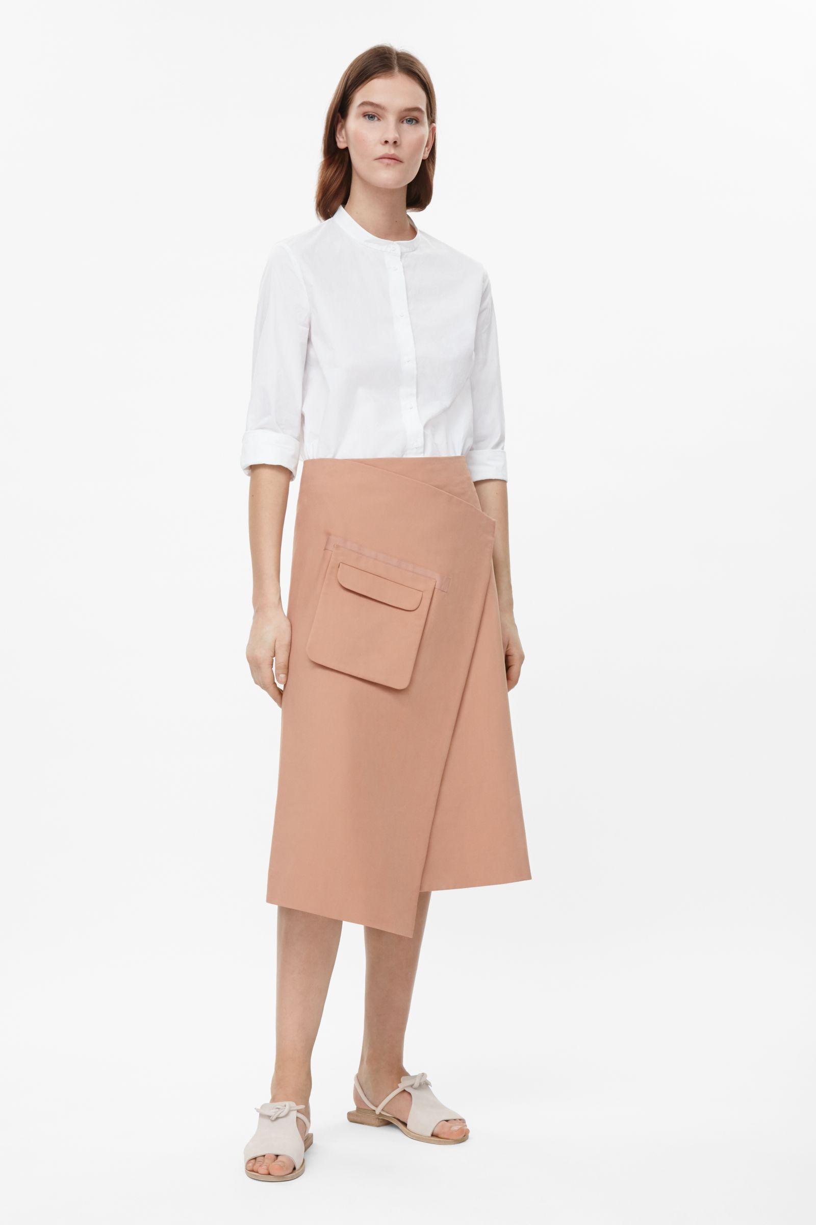 Wrap skirt with front pocket