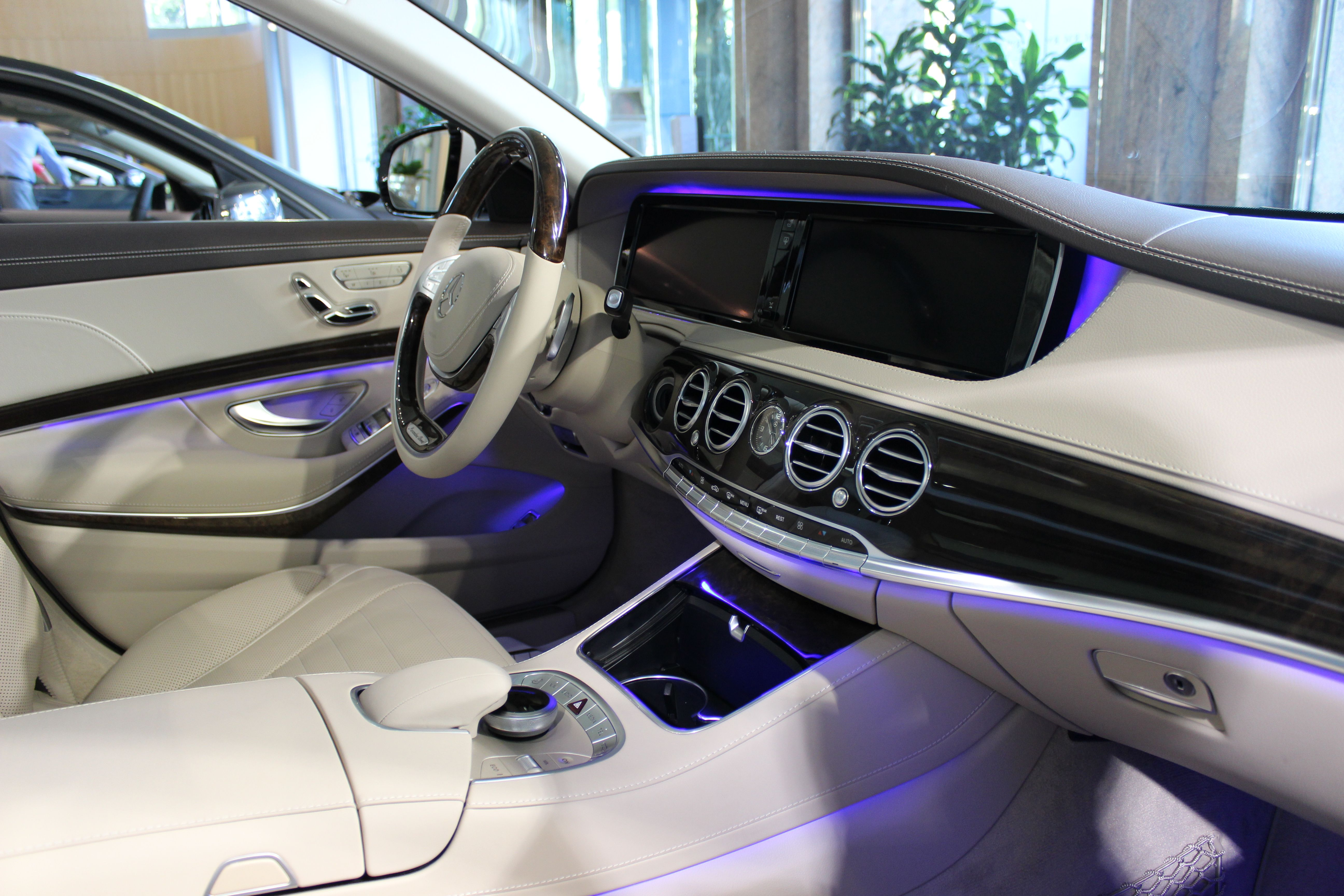 2014 mercedes benz s class interior - Mercedes Benz 2014 S Class Interior