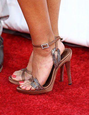 tila-tepuila-sexy-high-heels