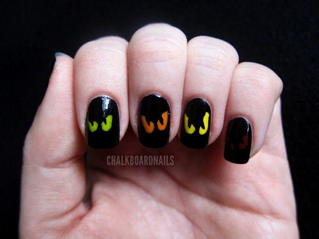 Simple Spooky Eyes | Halloween nails easy, Halloween nails ...