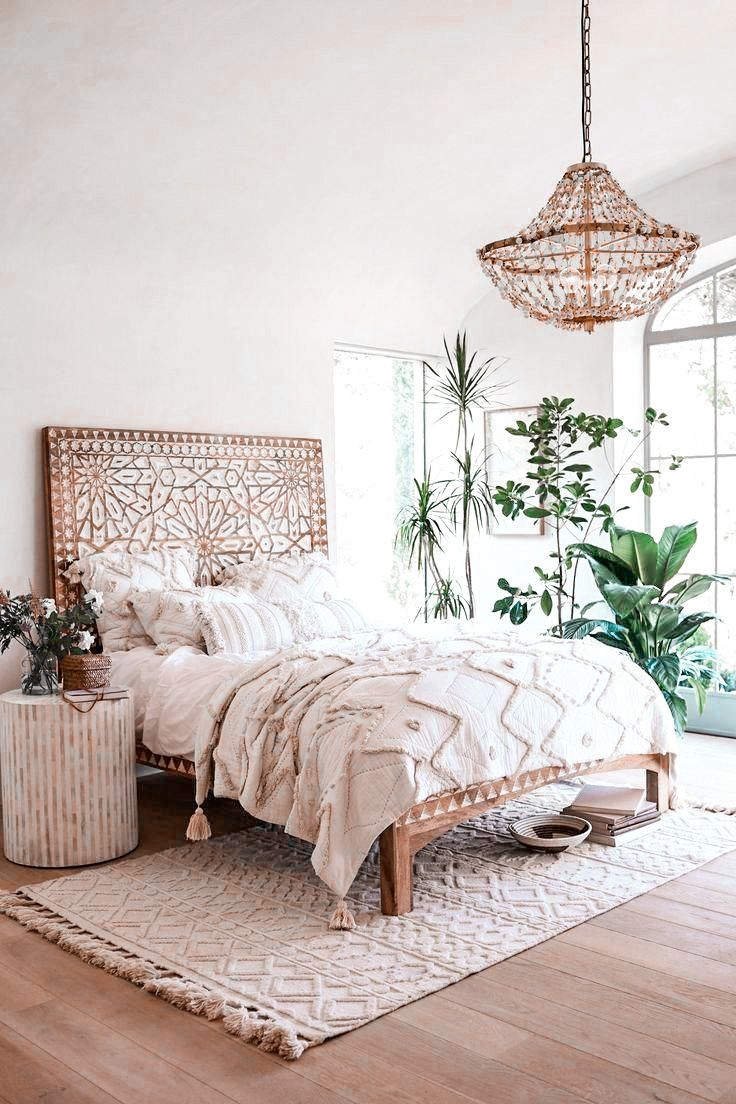 This amazing natural bedroom with a bohémian vibe looks like I would stay here forever..  📸  Anthropology  #interiormusthaves #interiorlovers #decorlovers #decoratinggoals #trendydecor #decortrends #homedecoration #homeinspiration #loveinterior #decorcrushing #decorideas #interiorinspiration #decorhome #decorinspo #bedroominspiration #bedroomdecor #bedroomideas #bedroomgoals #bedroomstyle #bedroomdecoration #bedroomdesigns #bedrooms #bedroomlove #bedroominteriors #decorgoals