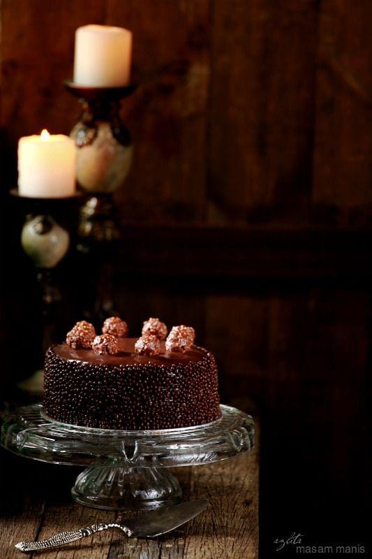 masam manis: MOIST PANDAN MARBLE CAKE (scroll down for English)