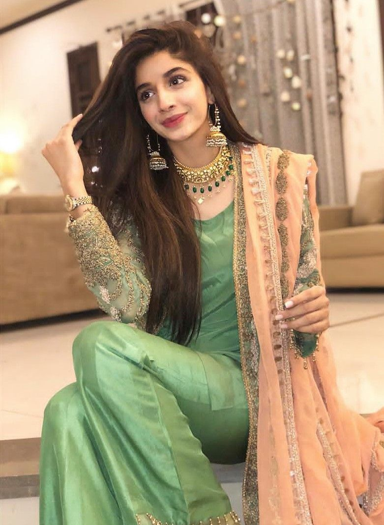 Anidhya Singh Designer Party Wear Dresses Pakistani Bridal Dresses Pakistani Dress Design