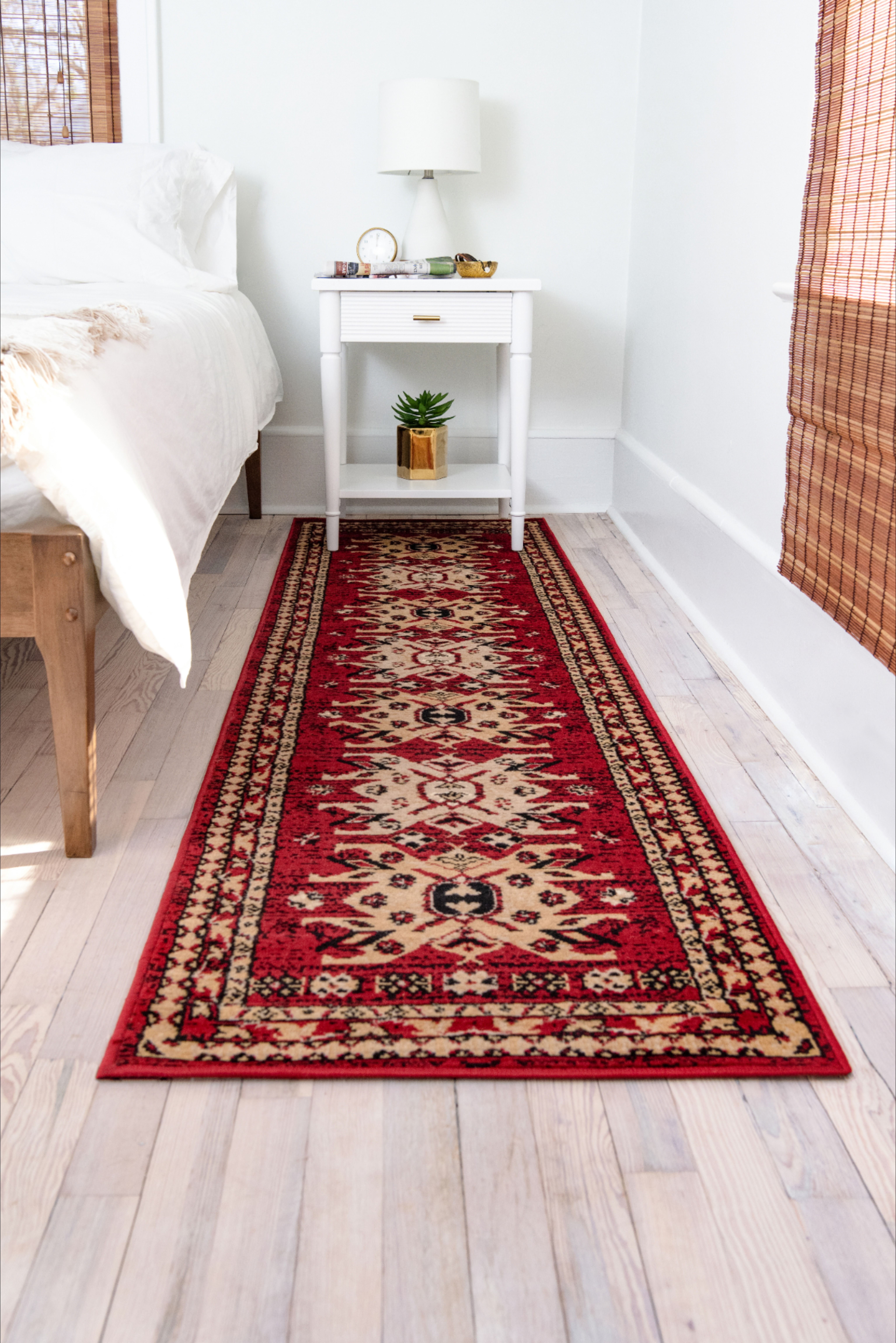 Shop Our Heris Collection To Discover Stunning Designs And Styles That Will Transform Your Bedroom Bedroomrugs Tra In 2020 Traditional Rugs Unique Rugs Bedroom Rug