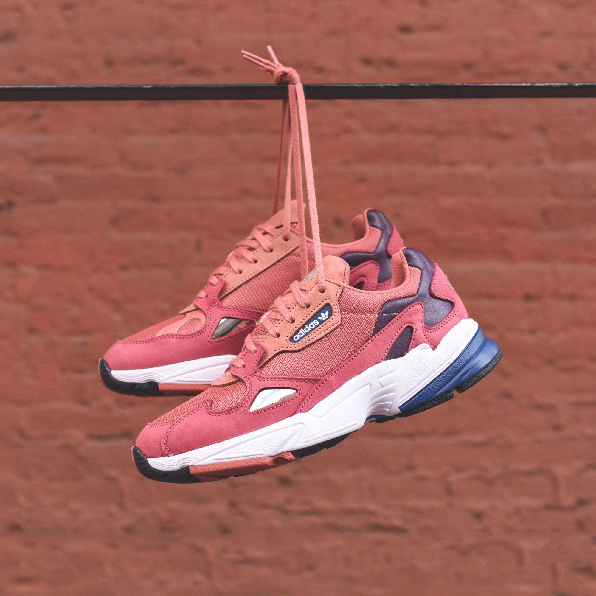 adidas Originals WMNS Falcon - Raw Pink / Pink / Blue (mit ...