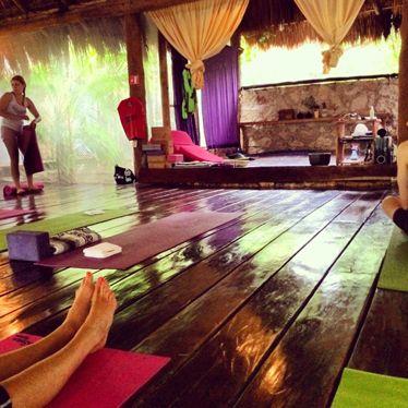 yoga shala tulum mexico glamglobetrotter glam. Black Bedroom Furniture Sets. Home Design Ideas