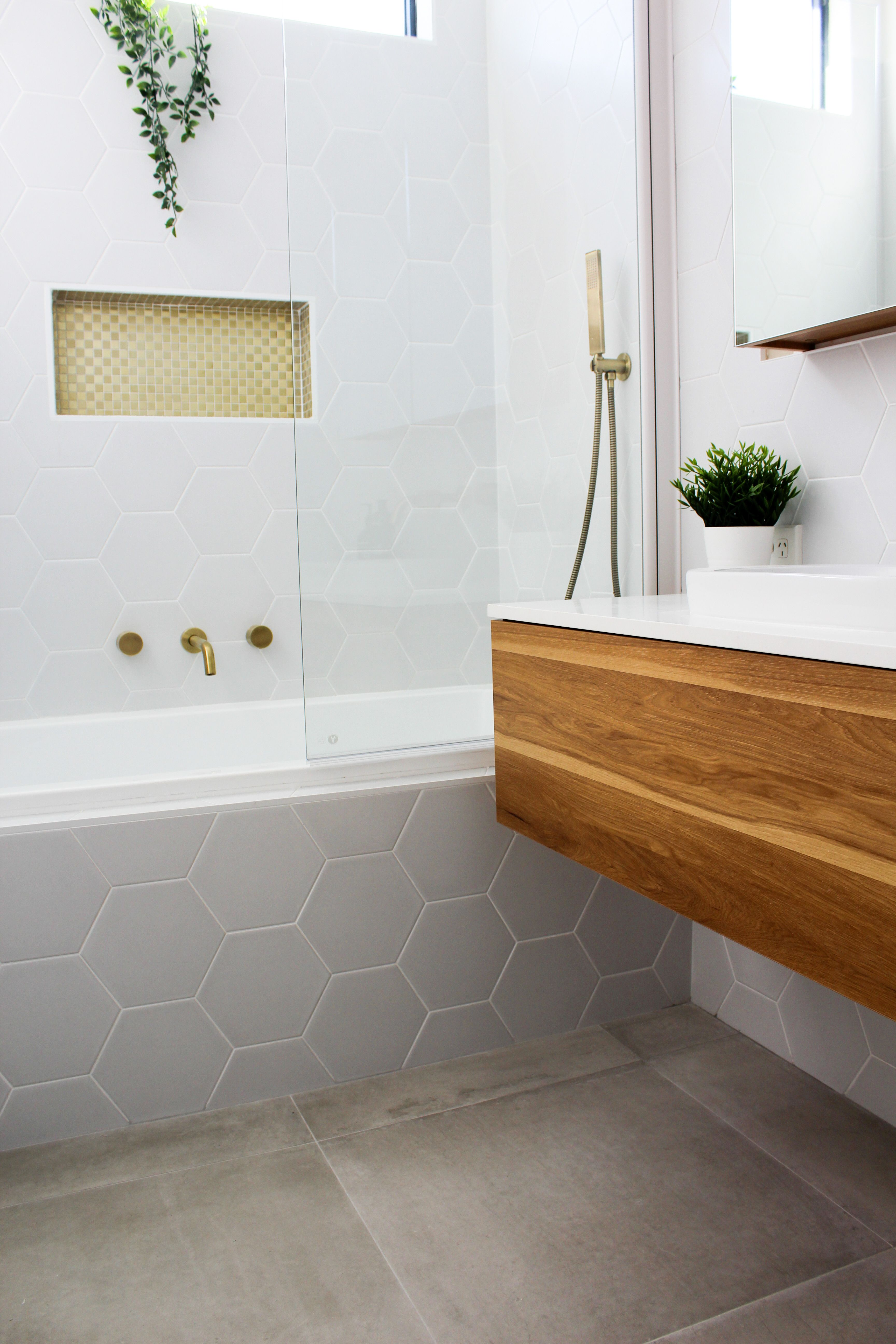 Shower Bath Shower Over Bath Bathroom Renovation Trends Shower Niche