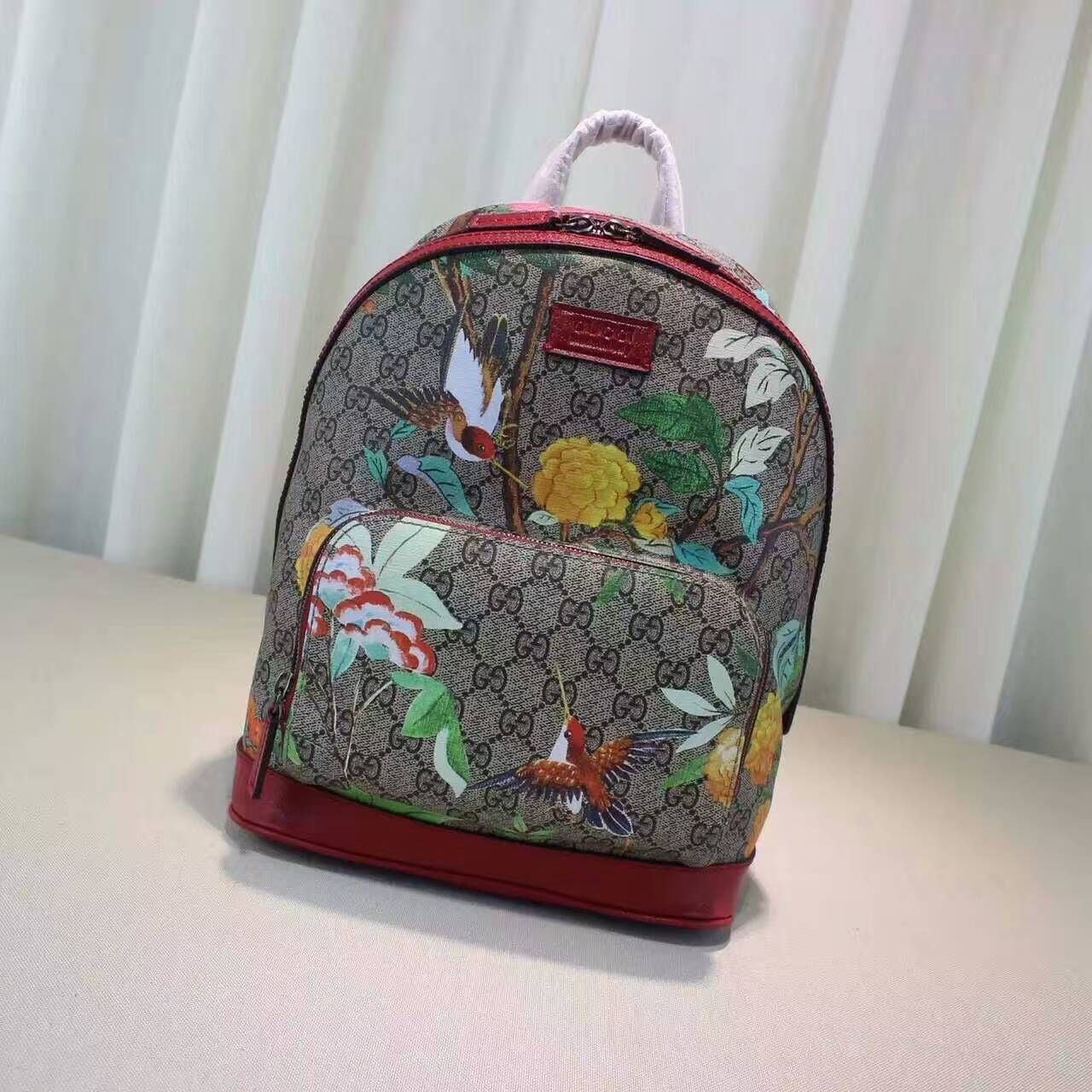 0eac36d73cbb Gucci blooms backpack supreme canvas backpack with blooms print Front  zipper pocket 427042 size 25x32x11cm G4 whatsapp +8615503787453