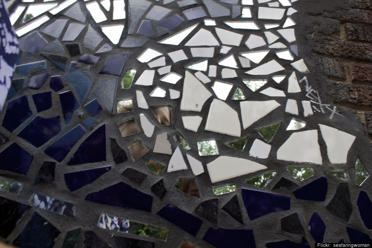 7 ways to reuse a broken mirror garden stepping stones disco ball 7 ways to reuse a broken mirror mirror mosaicmosaic artmosaic tilesbroken mirror projectsbroken mirror diybroken solutioingenieria Choice Image