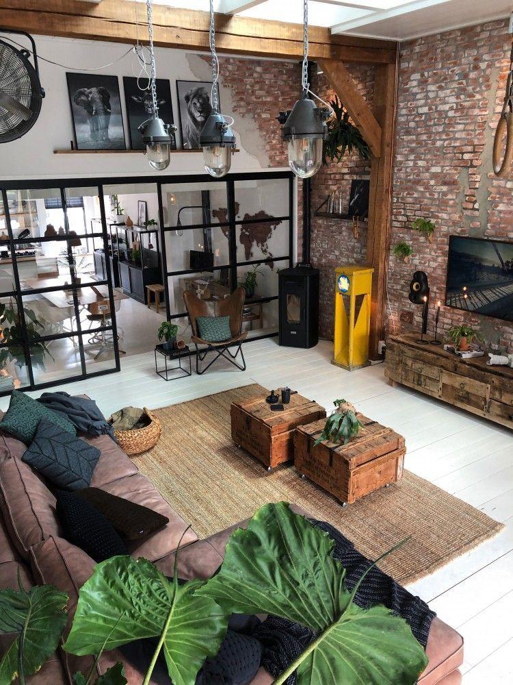 Blog Www Jellinadetmar Nl Instagram Jellinadetmar Een Stenen Muur In De Woonkamer Inmiddels Weten Jullie Wel Dat Wij Groot Fa Loft Interiors Loft Design Home