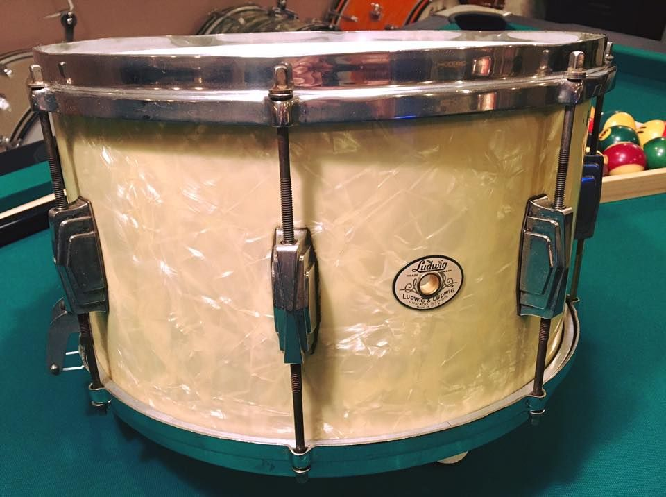 1940\'s Ludwig & Ludwig snare drum. White Marine Pearl. 7x14 with ...