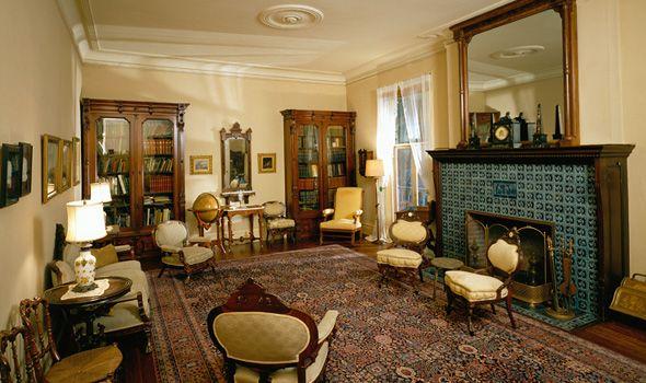 A Grand Queen Anne Interior Black Point Estate Interior Victorian Home Decor Family Furniture