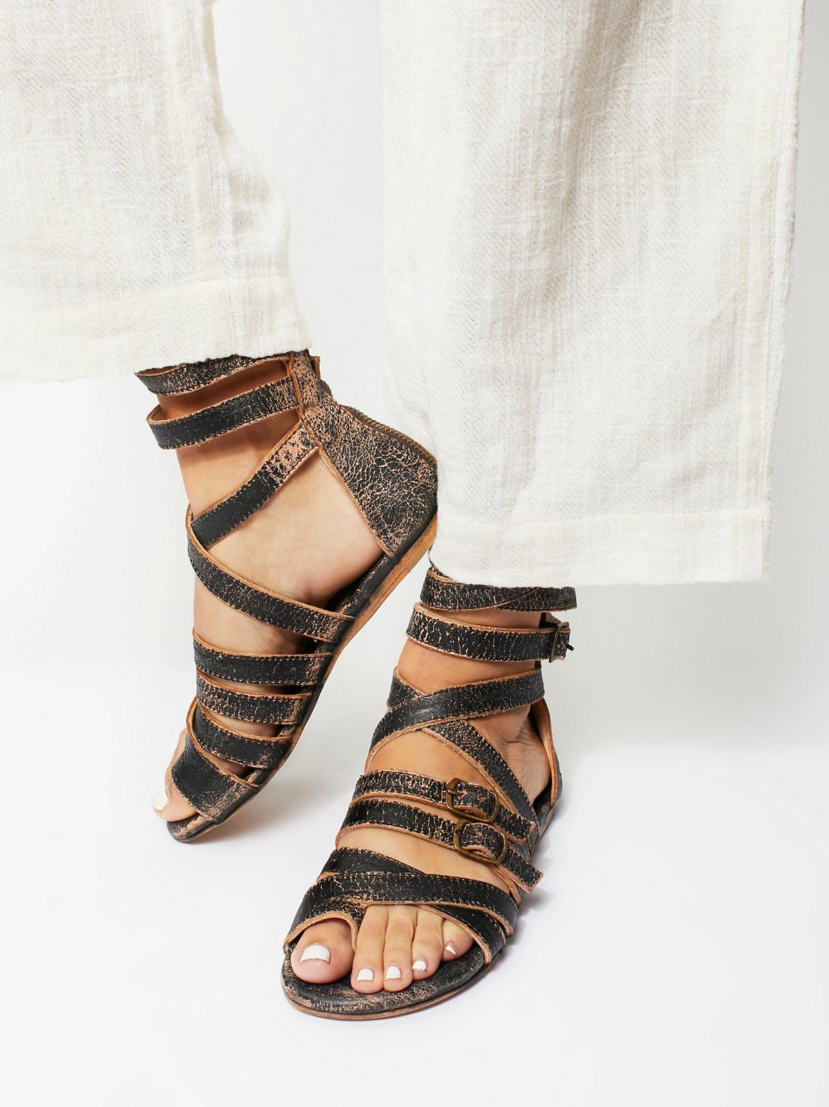 Seneca Gladiator Flat Leather Sandals GrFIdW