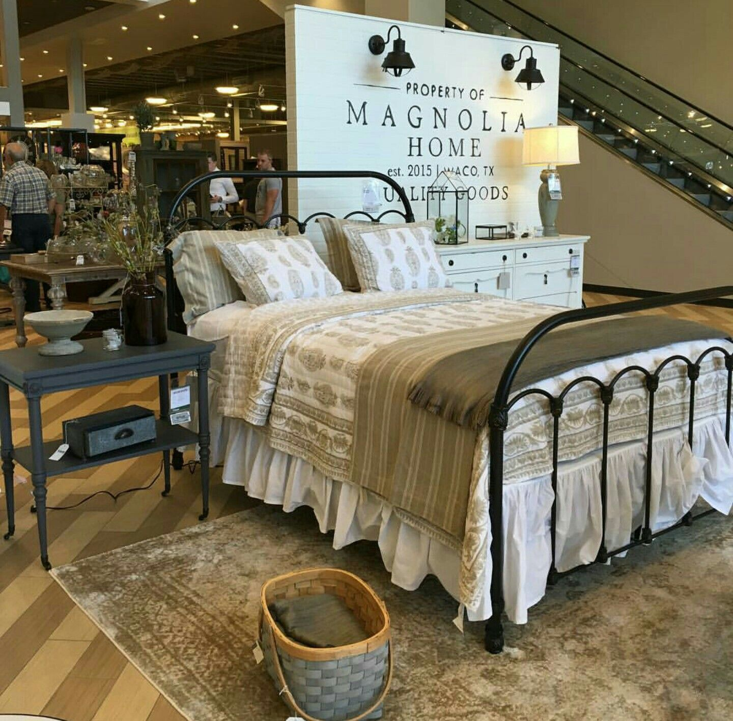 Magnolia bed gaines in 2019 magnolia home bedding magnolia homes joanna gaines furniture - Magnolia bedding joanna gaines ...