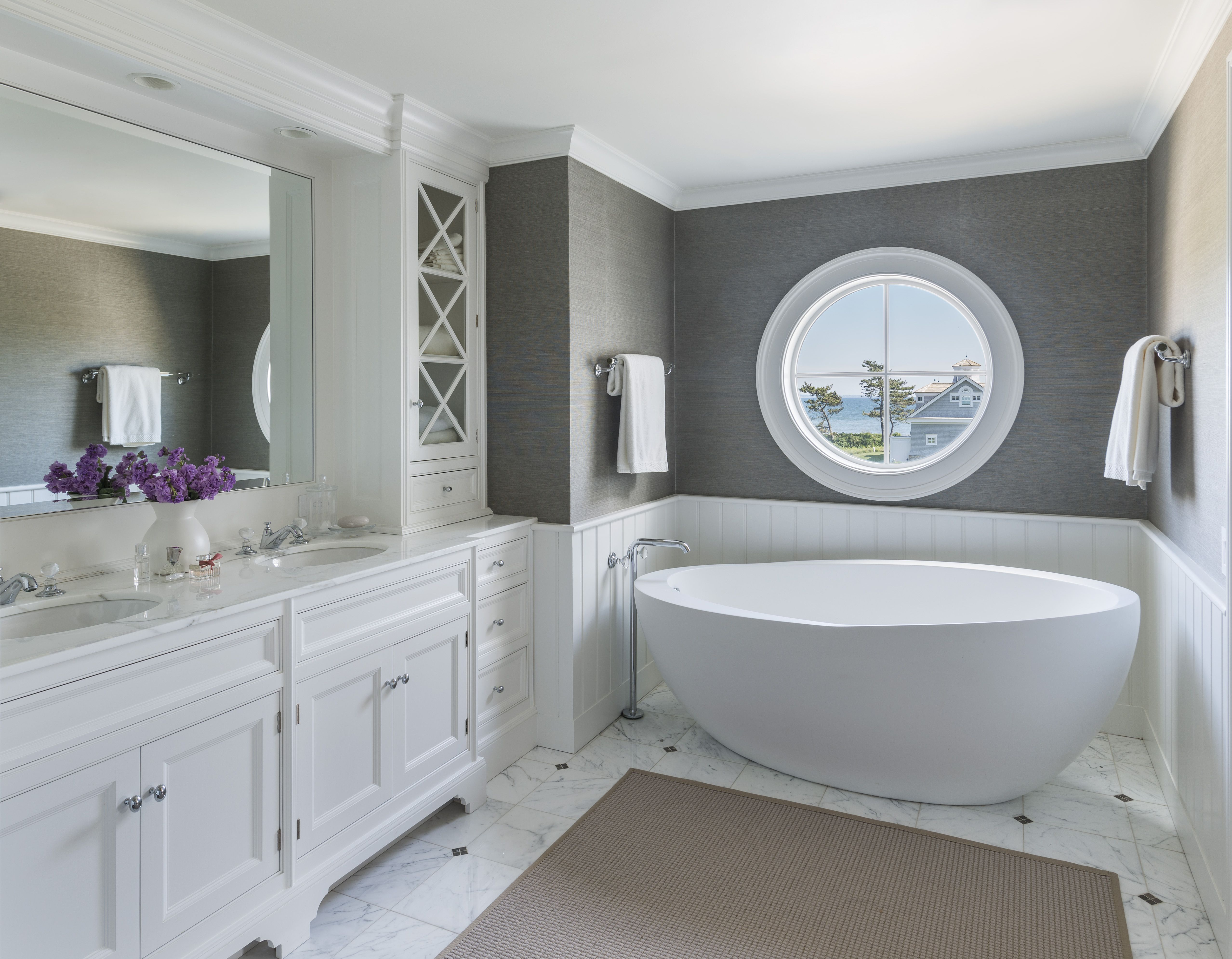 Master bathroom free standing tub gray grasscloth for Gray bathroom wallpaper