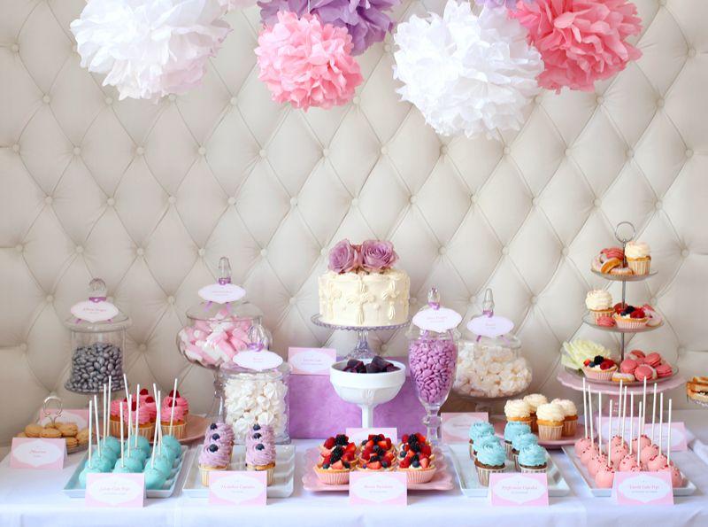 Candy Buffet Für Eine Taufe Pastell Party Süßigkeiten
