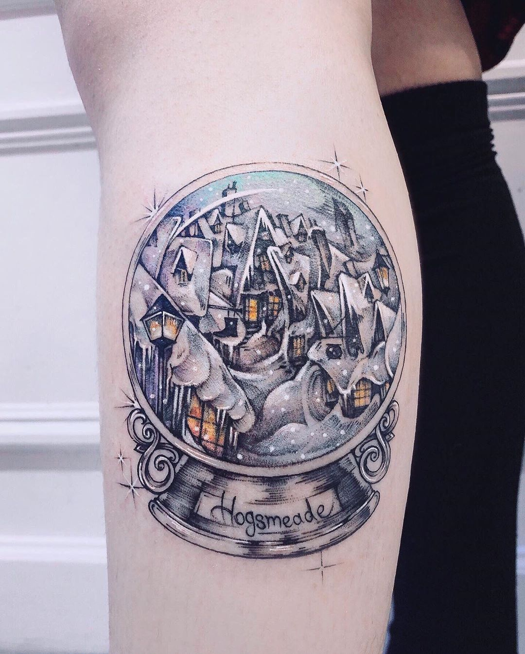 Tattoo Artist On Instagram Hogsmeade Snowball Done At Coupdefoudre Tattoo Balzers 25 11 28 1 Harry Potter Tattoos Tattoos Harry Potter Tattoo Unique