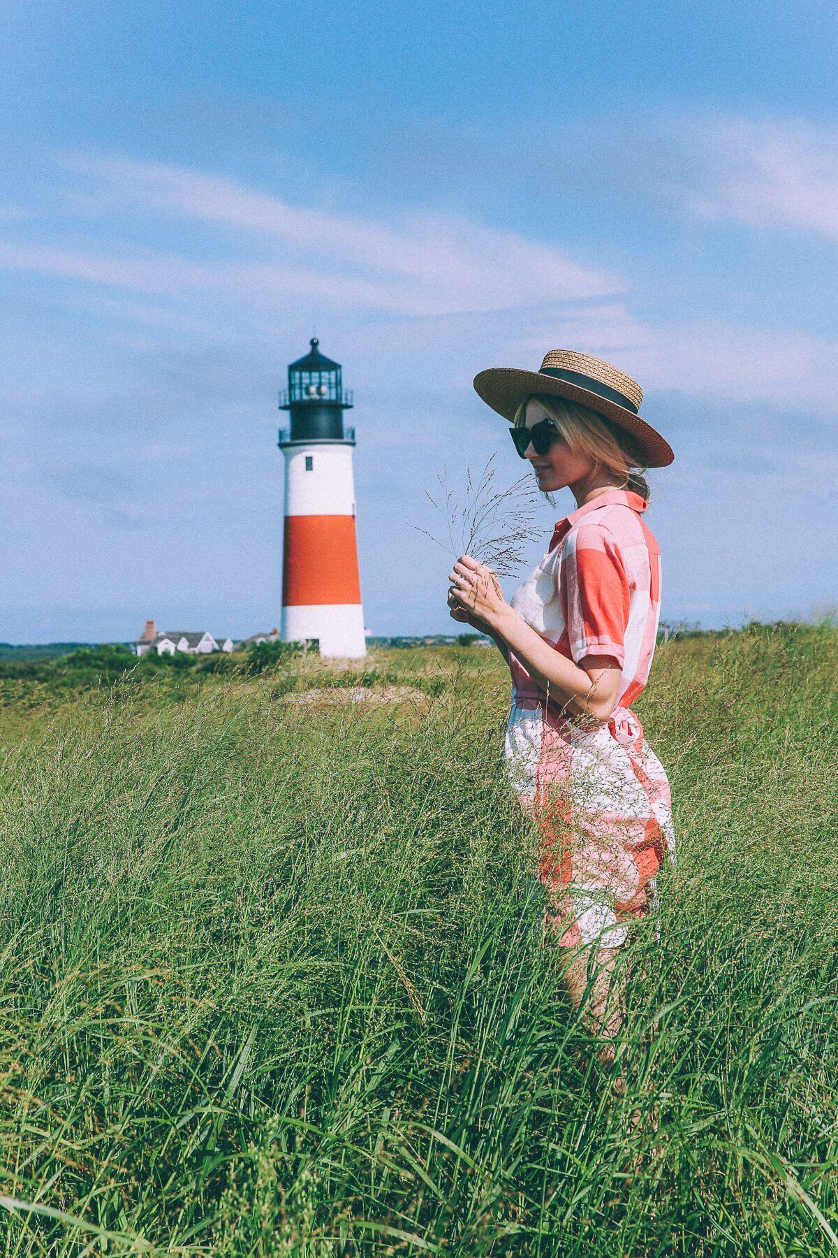 Barefoot Blonde Amber Fillerup in Nantucket