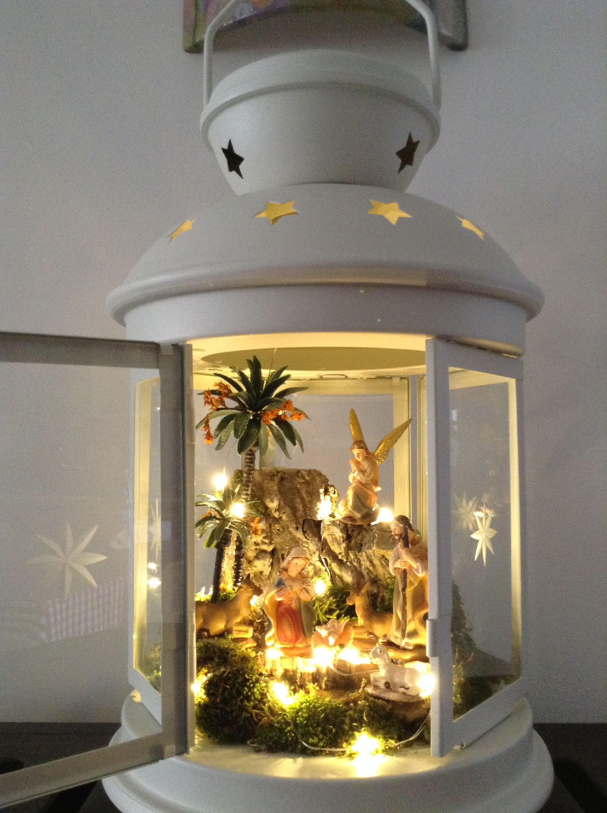 Presepe In Lanterna Presepe Di Natale Globi Di Neve E