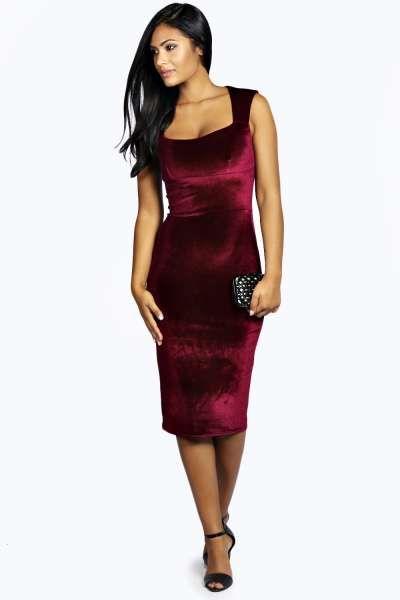 Leanne Velvet Sweetheart Midi Dress at boohoo.com