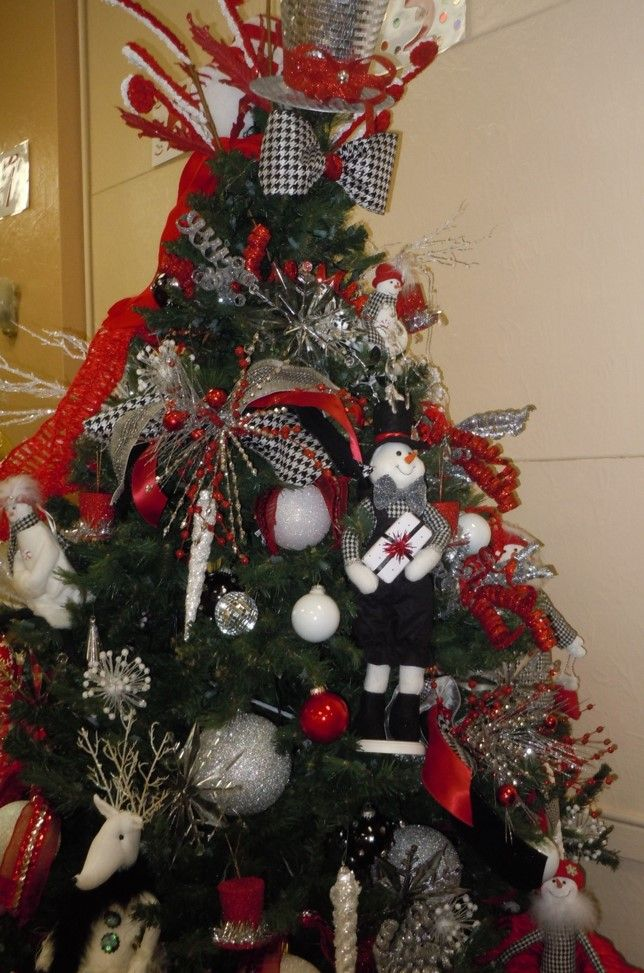 This Fun Tree Was Bought For A Local Nursing Home Christmas Time Christmas Wreaths Holiday