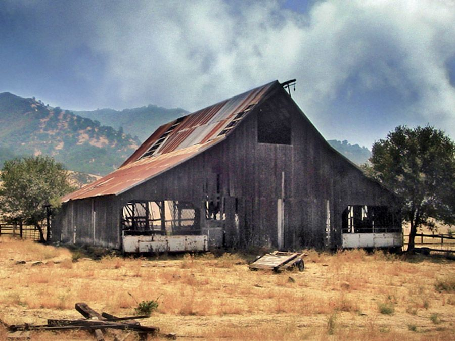 Rustic Barns reclaimed barn wood sources, old barn photos | tired old barns