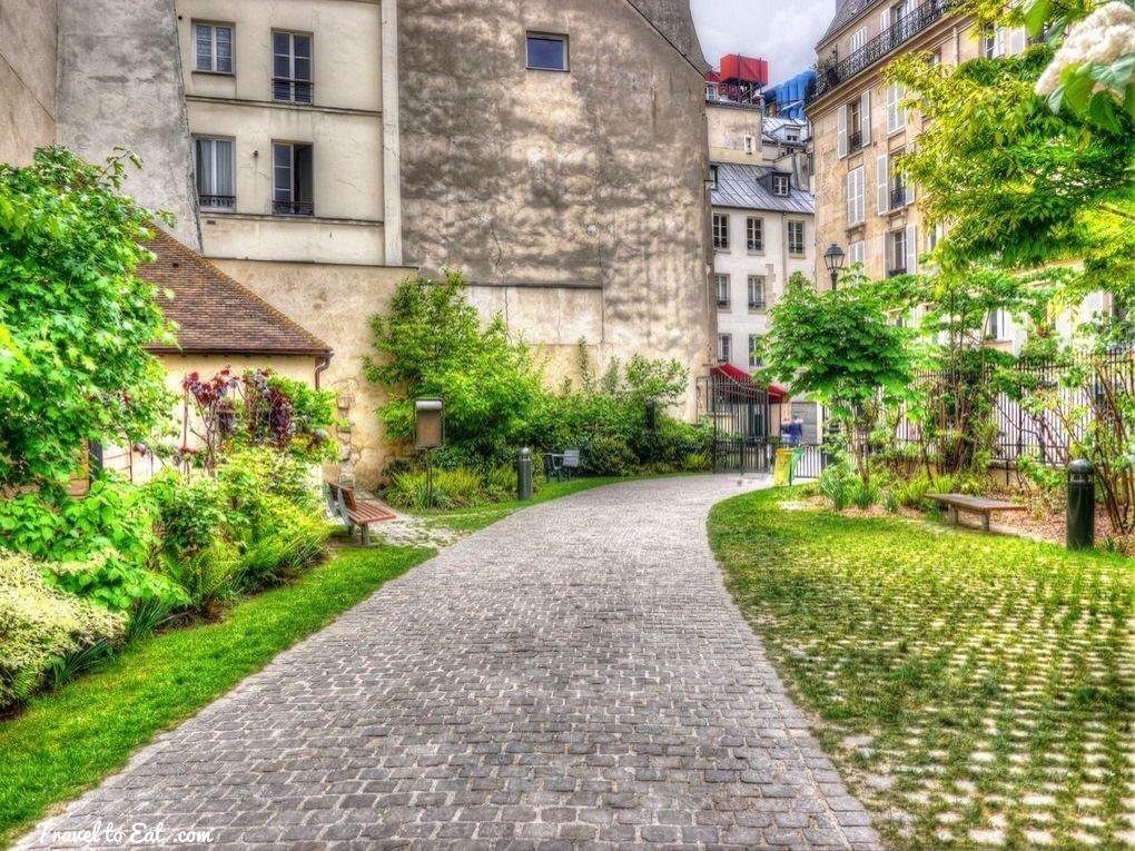 Jardin Anne Frank The Marais Paris Paris Travel Anne Frank Paris