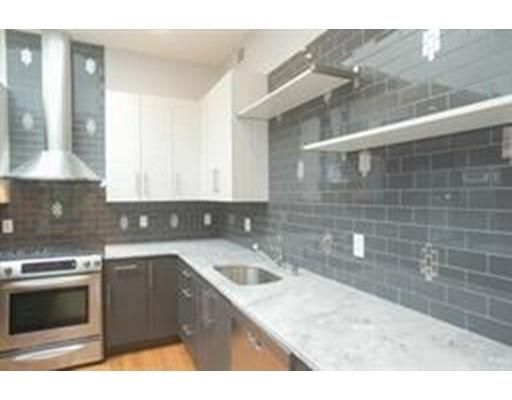 226 Central Street #3F, Lowell, MA 01852 - MLS 71878611 - Coldwell Banker
