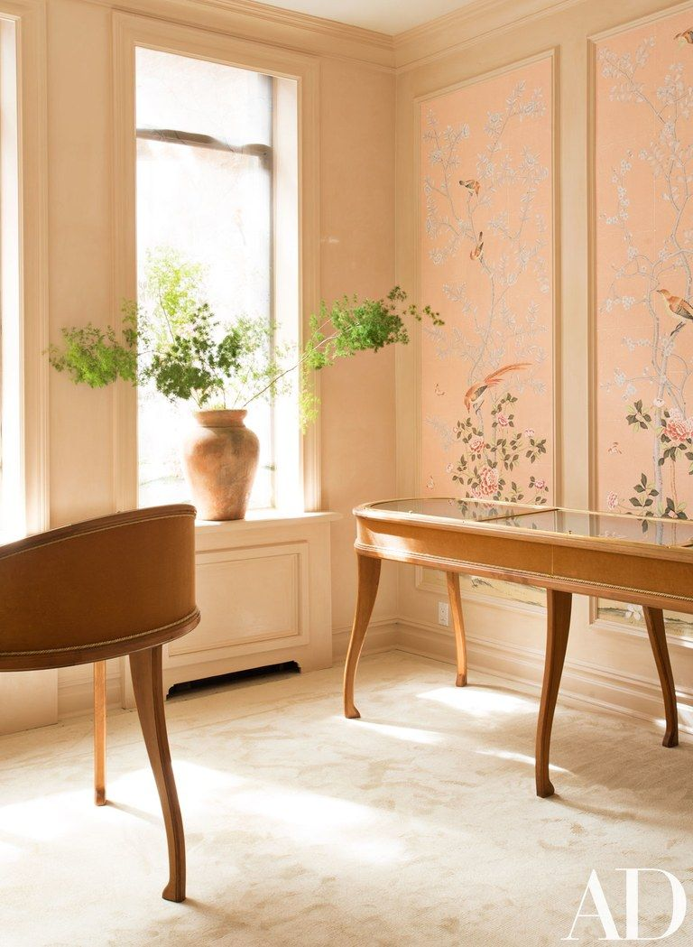 Lauren Santo Domingo's Moda Operandi office with blush pink de Gournay handpainted mural in Architectural Digest. 10 Romantic Tranquil Pink Paint Colors & Pretty Finds! #degournay #blushpink #wallmural #interiordesign