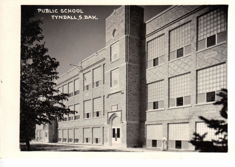 BON HOMME COUNTY, SOUTH DAKOTA Tyndall Public School