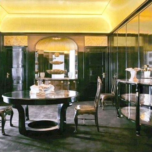 Une salle à manger conçue par Louis Süe et André Mare et éditée par - salle a manger louis