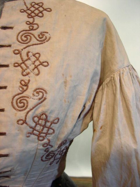 bodice embroidery detail