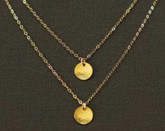 Capas collar de doble cadena oro martillado disco por MalizBIJOUX