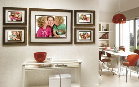Decorative Family Photos Hanging In Kitchen Hang Family