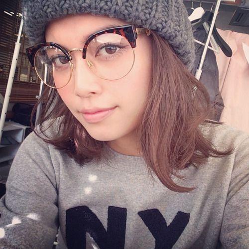 girlswithglasses